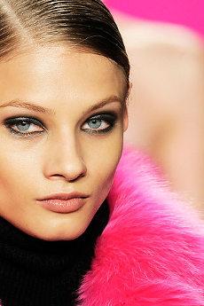 Мода модный макияж осень – зима 2009